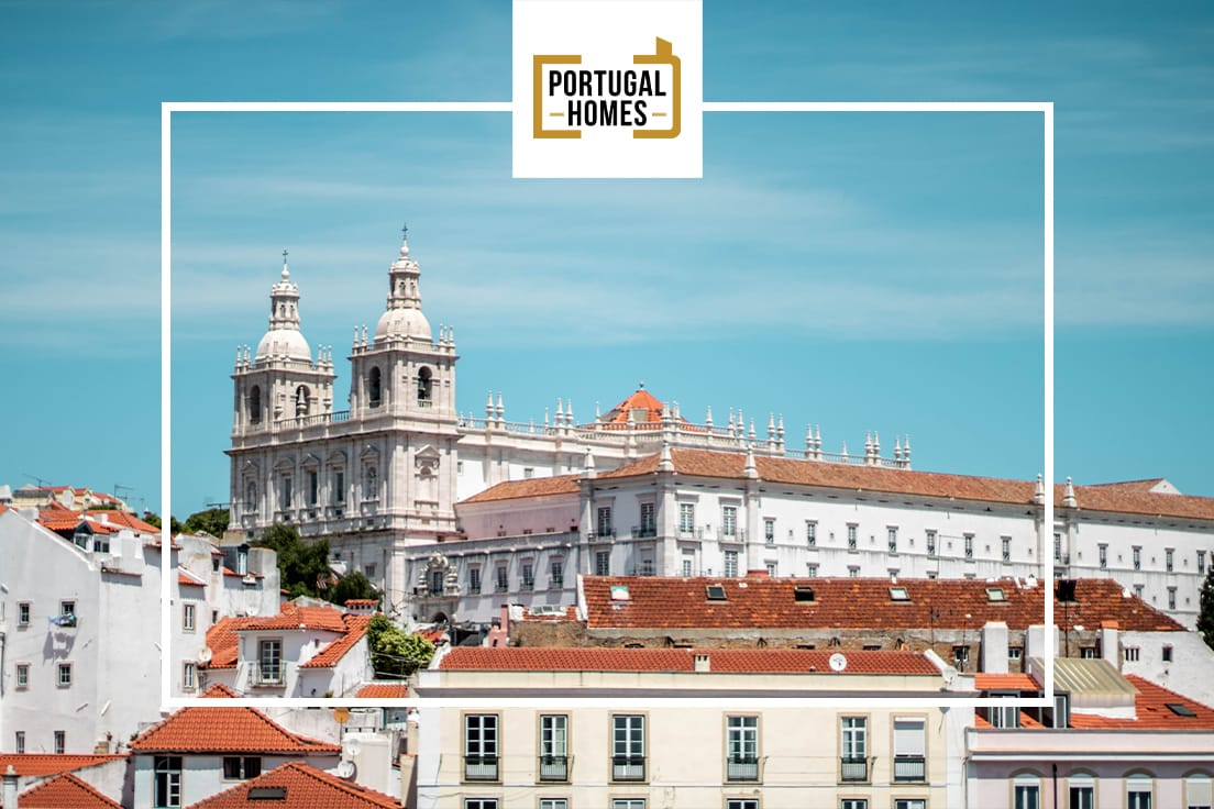 How lawyer can help you with legal advice to buy property in Portugal