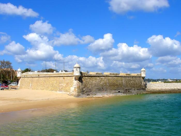 Forte da Ponta da Bandeira Portugal Home - Portugal propety experts