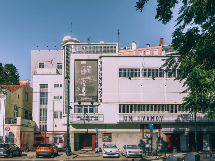 """""""A Barraca"""" Theater Portugal Home - Portugal propety experts"""