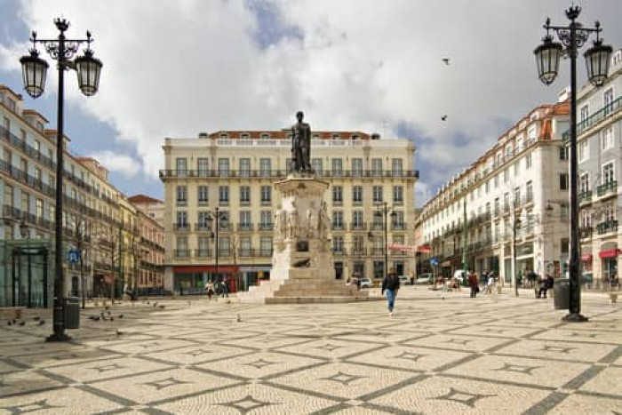 Luís de Camões Square Portugal Home - Portugal propety experts