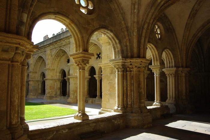 Santa Cruz Church and Monastery Portugal Home - Portugal propety experts