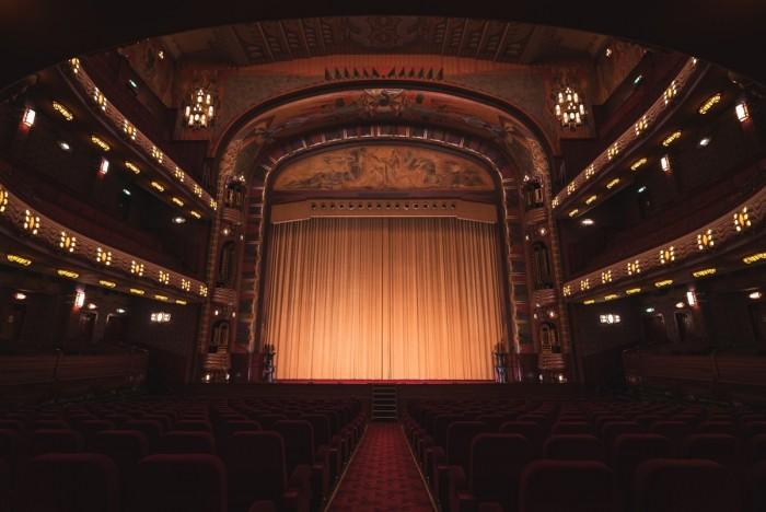 Coliseu dos Recreios & Teatro Politeama Portugal Home - Portugal propety experts