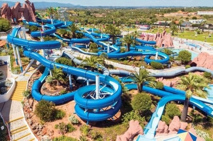 Algarve Waterparks Portugal Home - Portugal propety experts