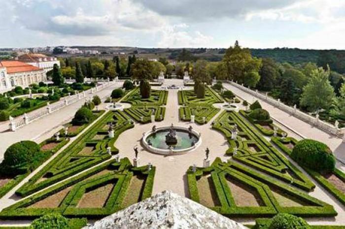 Palácio Nacional e Jardins de Queluz Portugal Home - Portugal propety experts