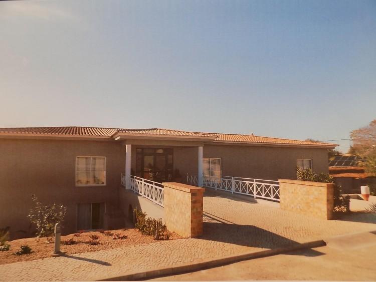 Property for Residential in Bemparece, Carvoeiro, Carvoeiro, Algarve, Algarve, Portugal