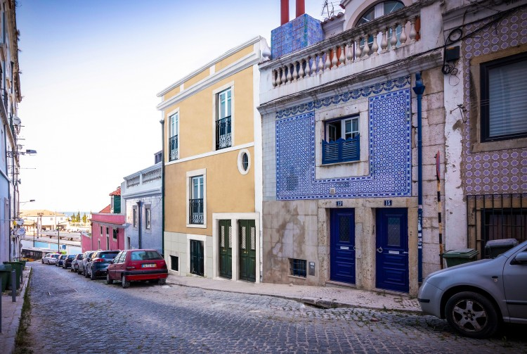 Property for Residential in Santa Apolonia, Graça, Lisbon, Portugal