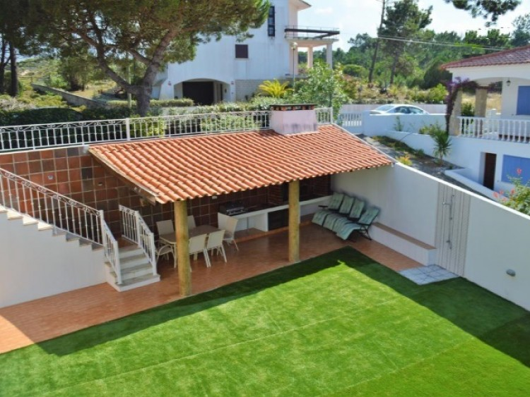 4 Bed Villa for sale in Óbidos, Portugal